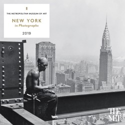 New York in Photographs 2019 Wall Calendar